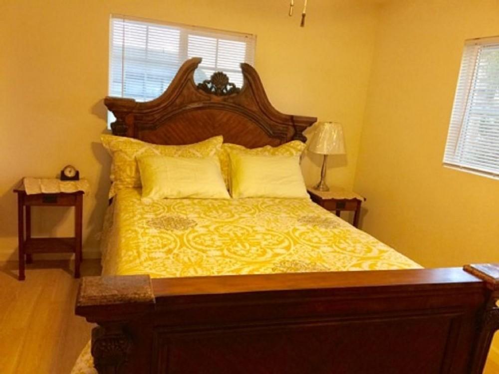 Airbnb Alternative Property in Waianae
