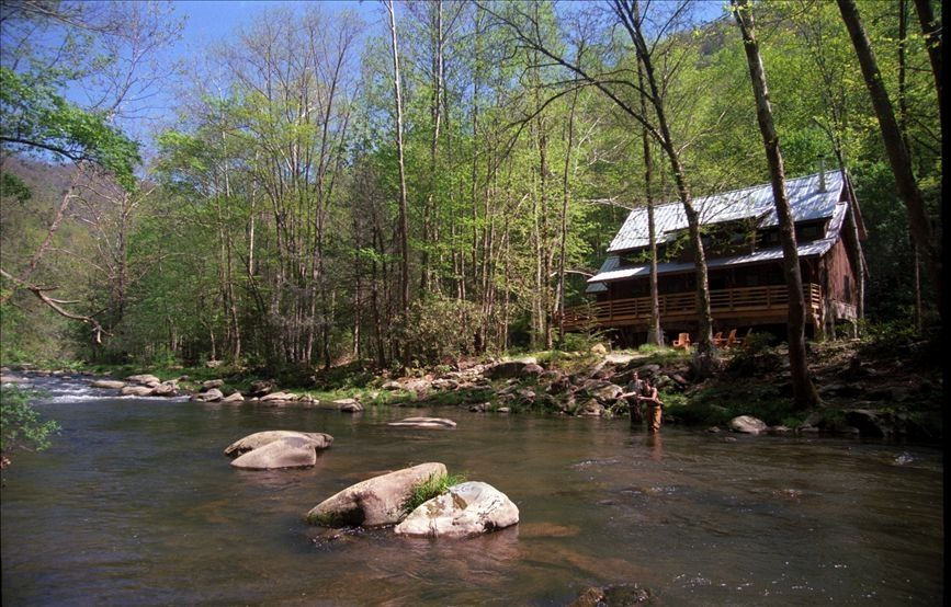 Nantahala Riverfront Cabin near Bryson City