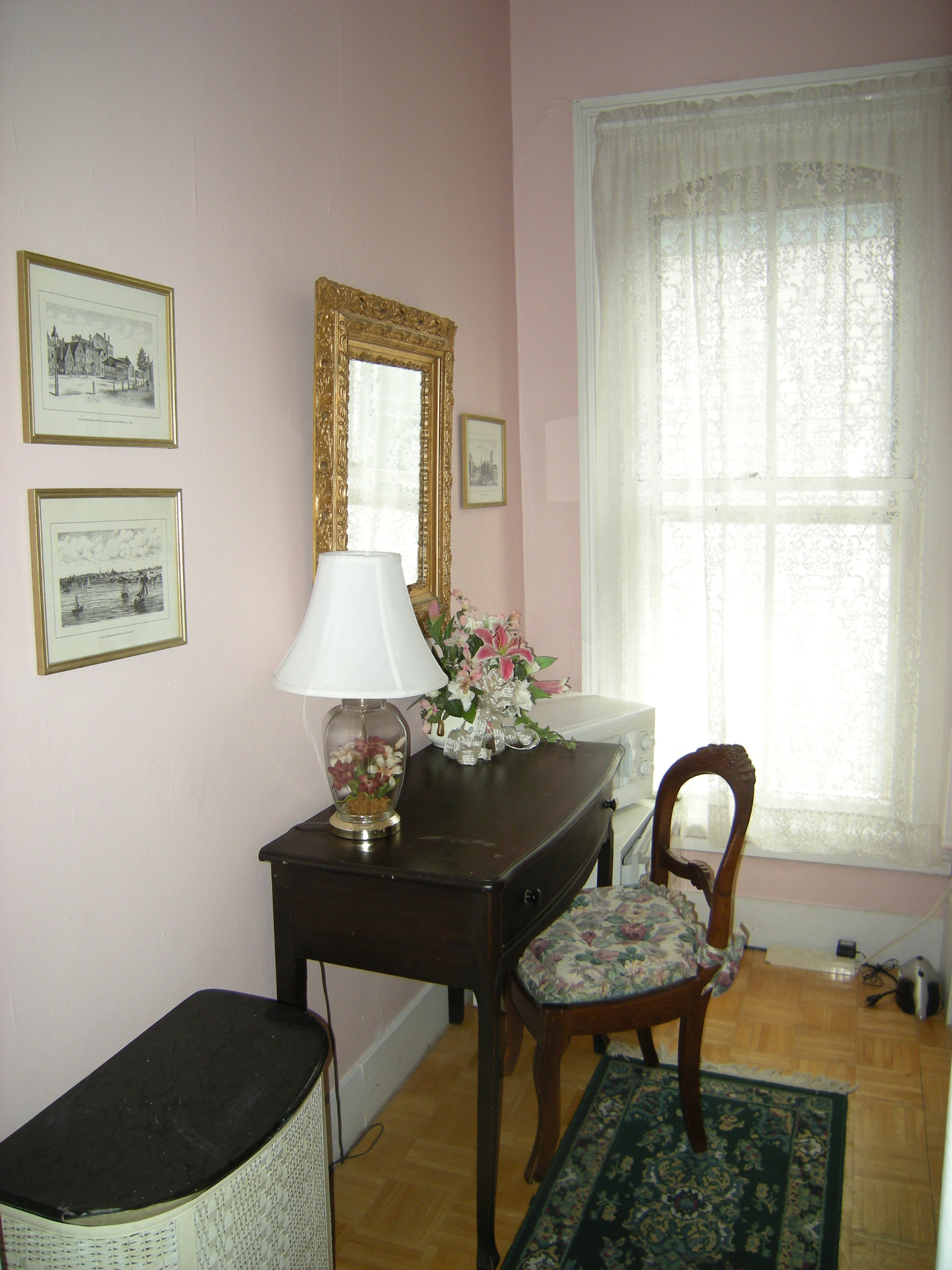 Dressing Alcove Saratoga Springs vacation home