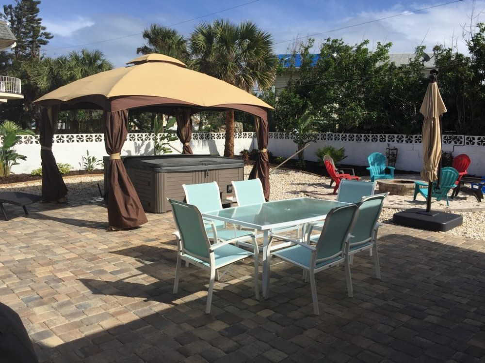 Ormond Beach vacation rental with Tropical OasisTro