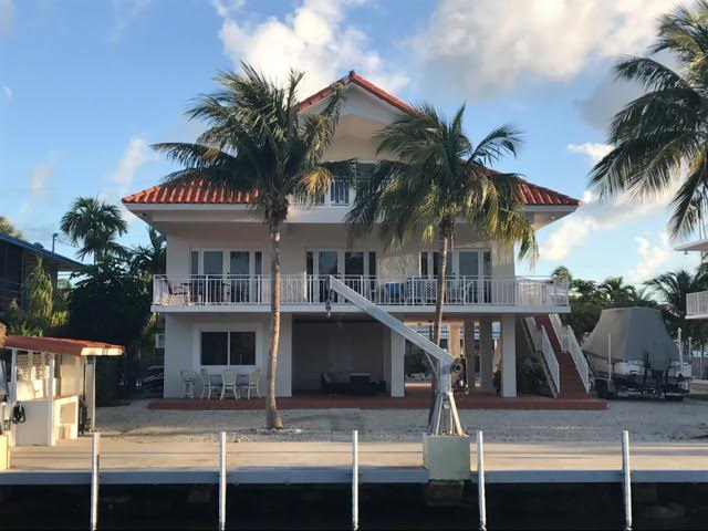Seas the Day in this Waterfront Home - MM90 Oceanside