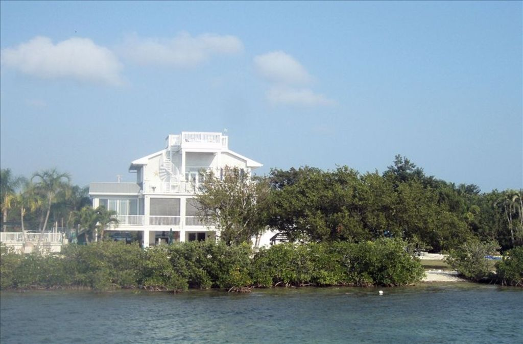 Private Estate Waterfront Paradise with Dock & Heated Pool