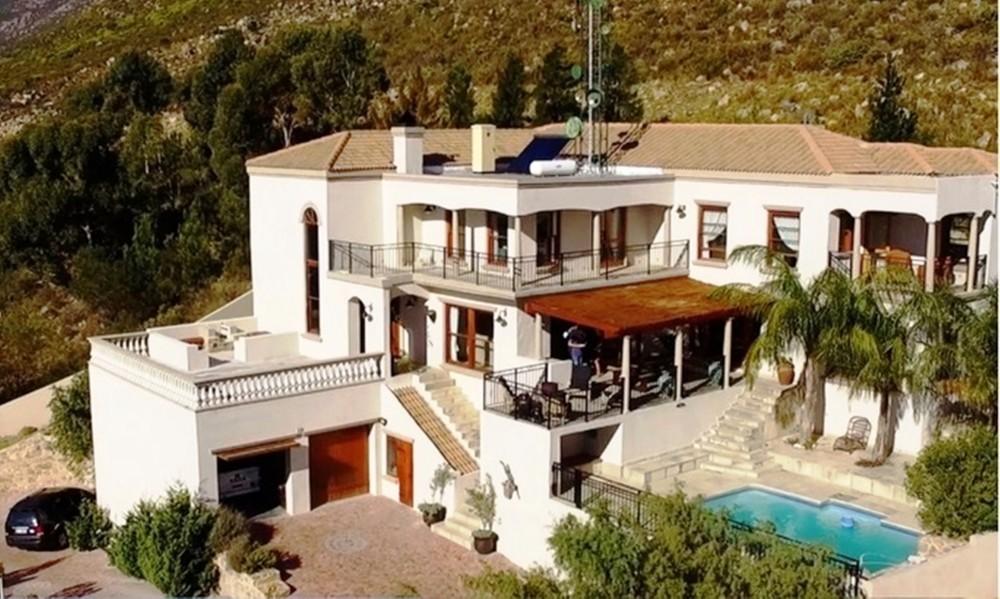 Cape Town vacation rental with La Vue Parfaite