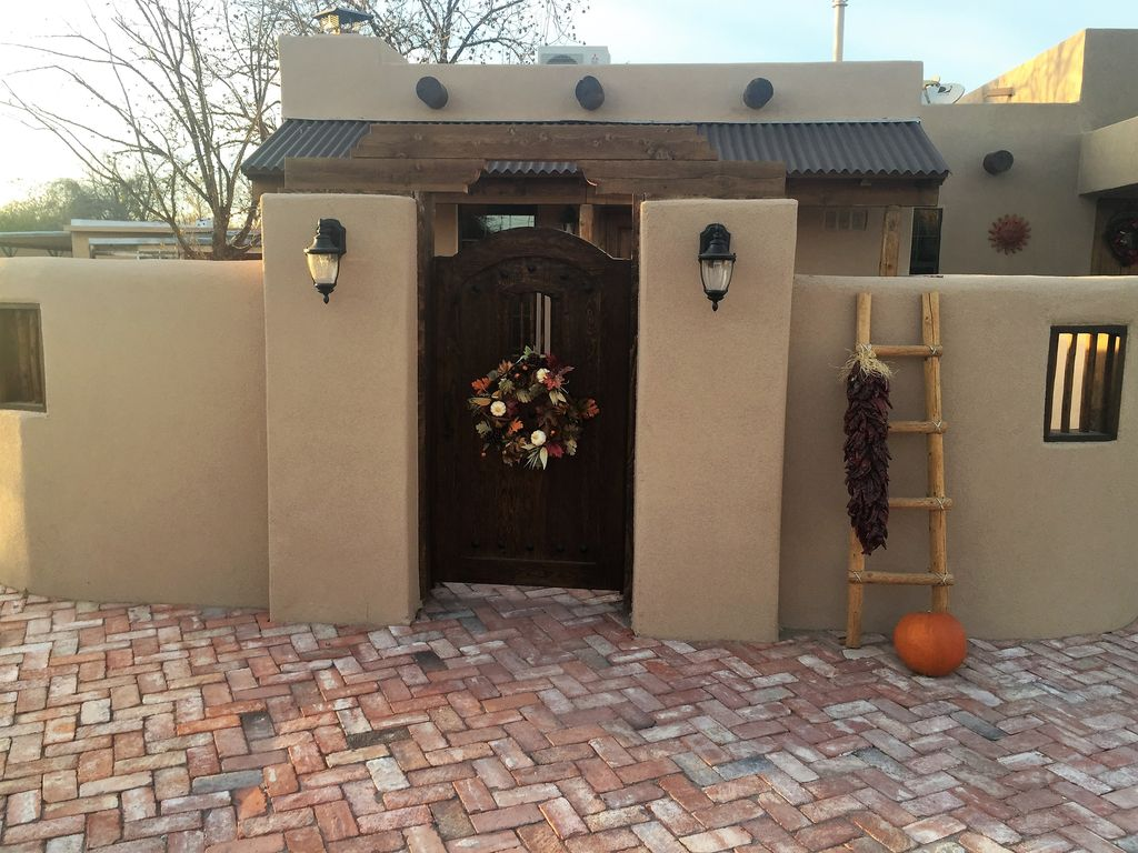 1 Bed Short Term Rental House Mesilla