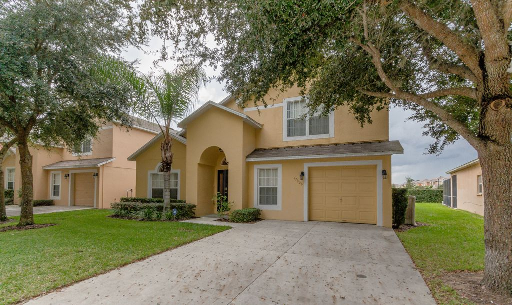 Minutes To Disney/Necessities 5BR/4BA Villa: Pool/Spa/Free Wifi/Cable TV/Bbq/Games