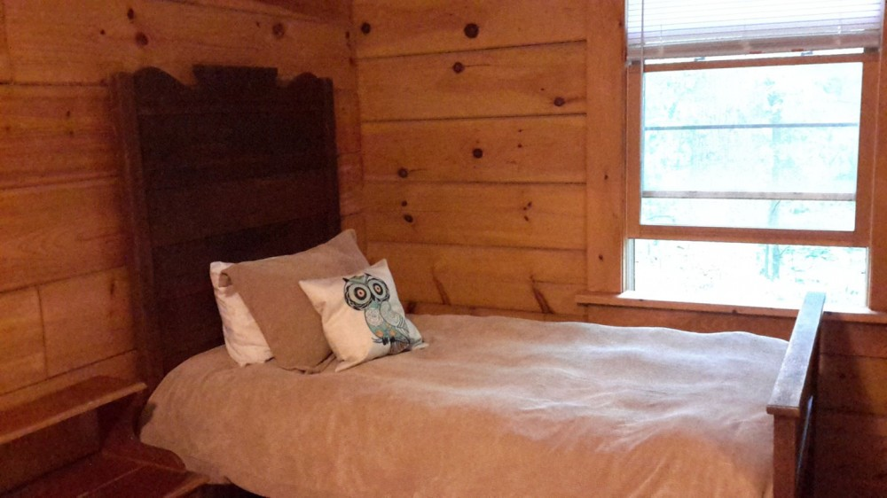 Airbnb Alternative Property in Saluda