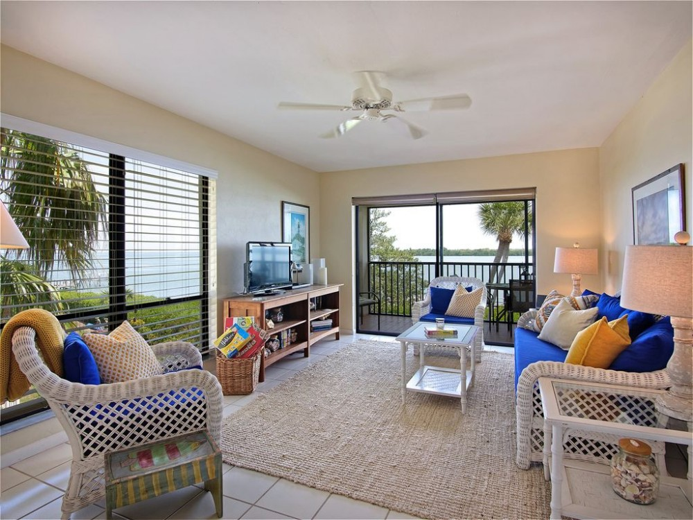 Captiva vacation rental with Living room