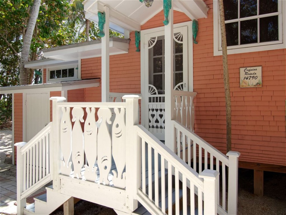 Captiva vacation rental with Welcome to Willey Cottage