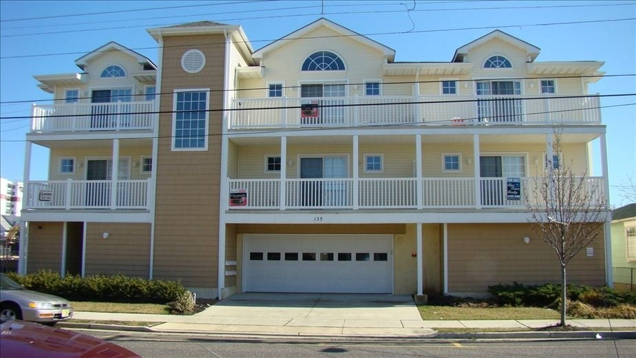 3 Bed Short Term Rental Condo Wildwood