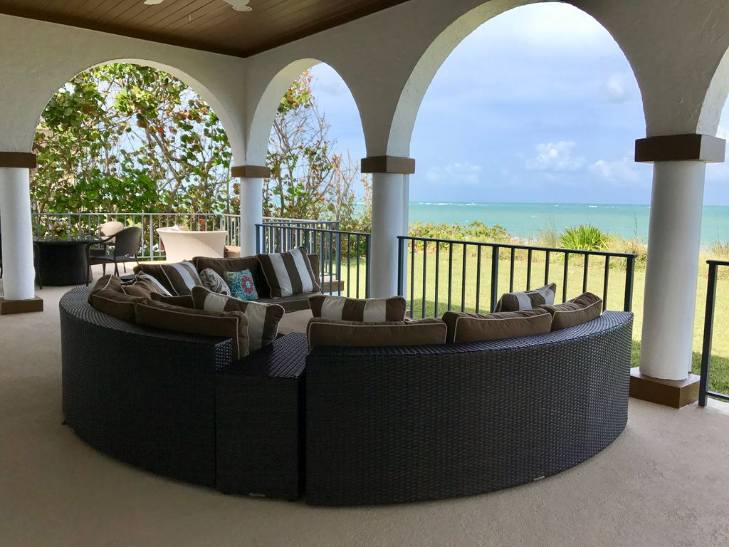 Coastal Elegent Ocean & Beachfront Private Pool 6 bdrms Vacation Paradise