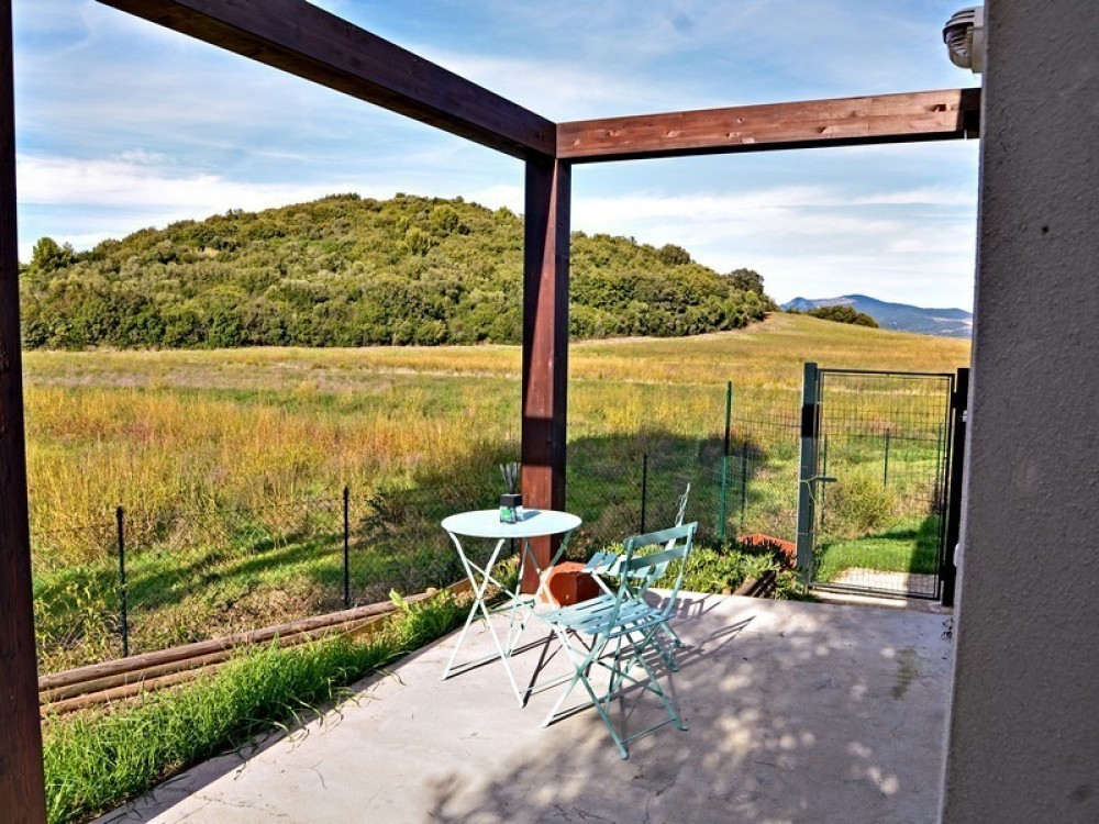 Baratti vacation rental with patio