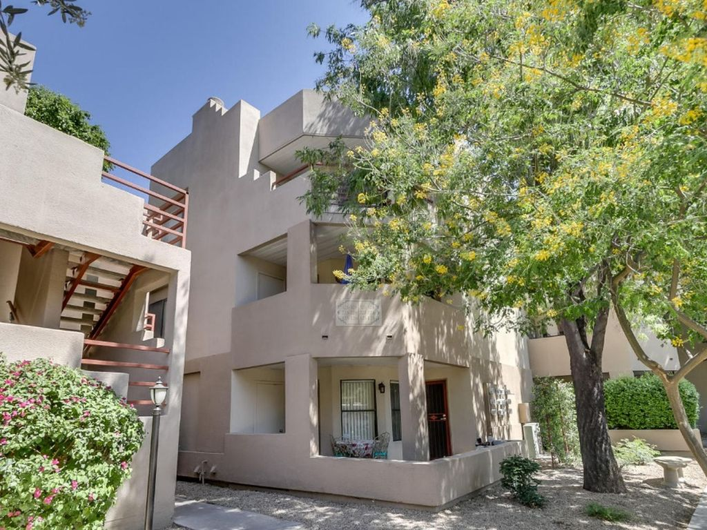 2 Bed Short Term Rental Condo Scottsdale