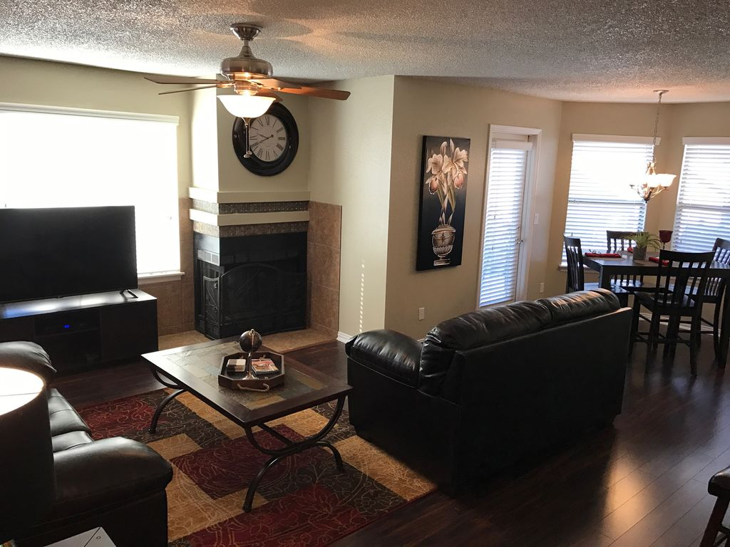 GREAT 2 BEDROOM 2 BATH CONDO ALL NEW FURNISHING IN A GREAT LOCATION