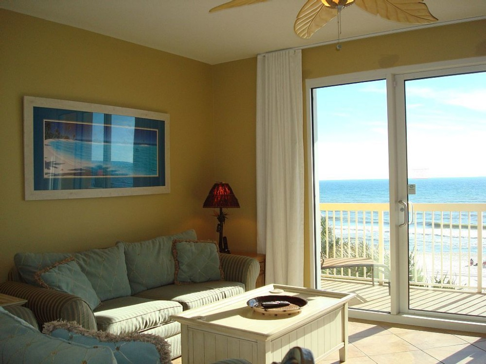 Panama City Beach vacation rental with Spacious main living area W/views of Gulf