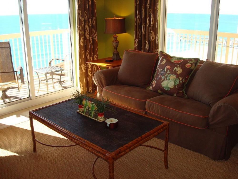 Panama City Beach vacation rental with Spacious living area w/ panoramic views