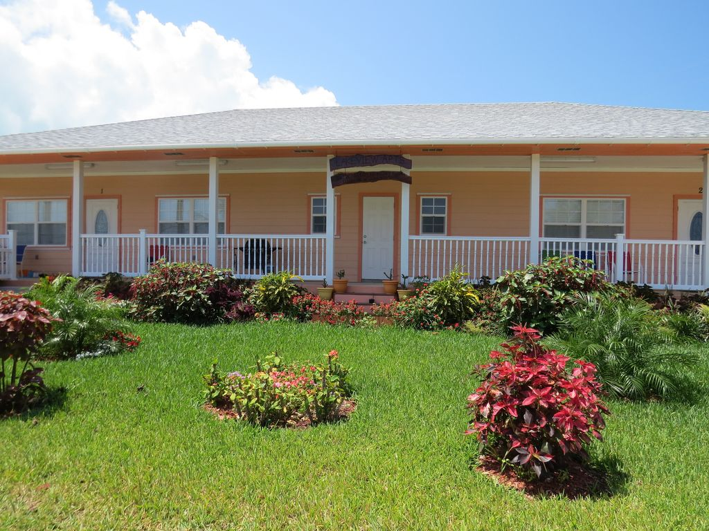 LAKEVIEW 2 Bed/2 Bath Apartment Located On Russell Island Near Spanish Wells