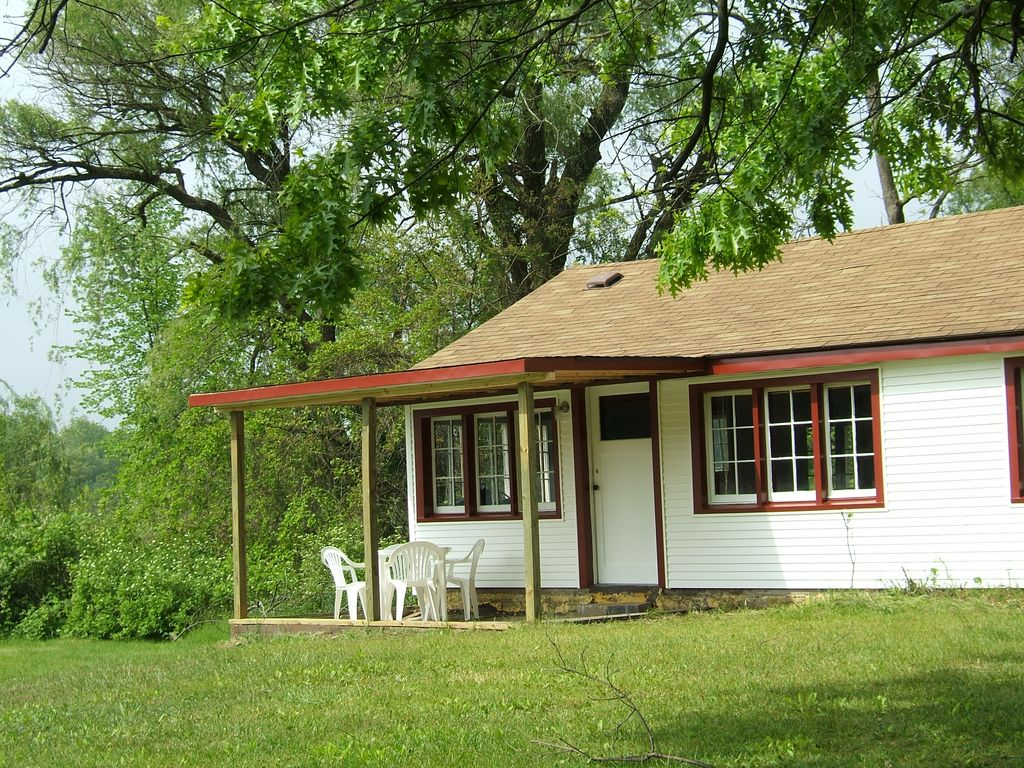 4 Bed Short Term Rental Cottage Three Rivers