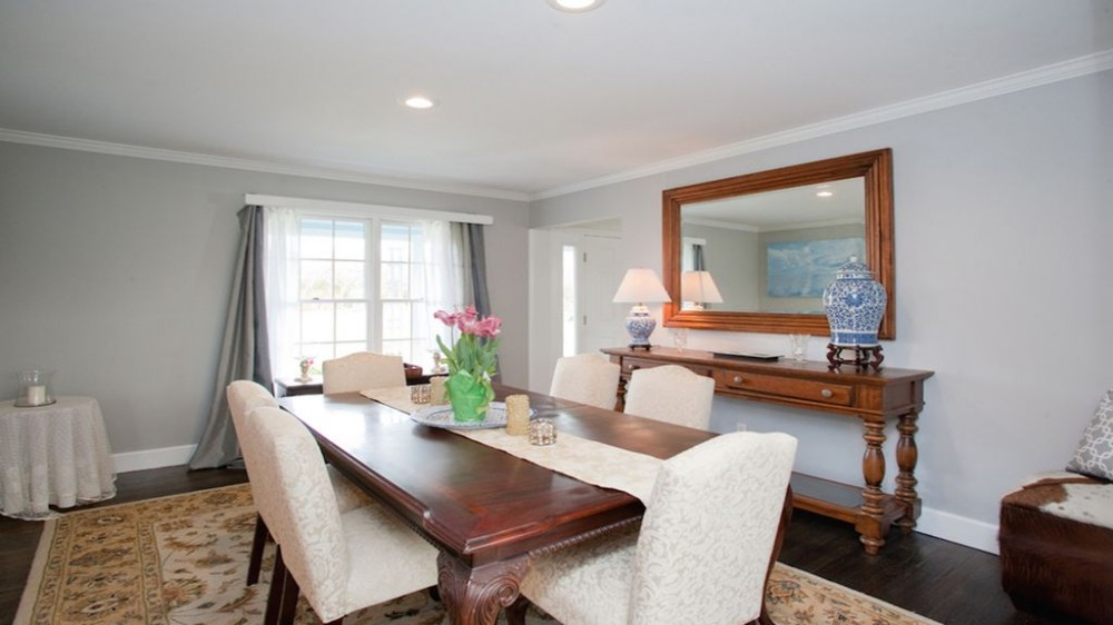 Dining room Southampton vacation home