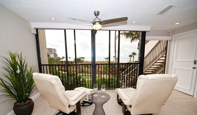 Siesta Dunes #4-6216A - 3 Bed / 3 Bath NEWLY RENOVATED