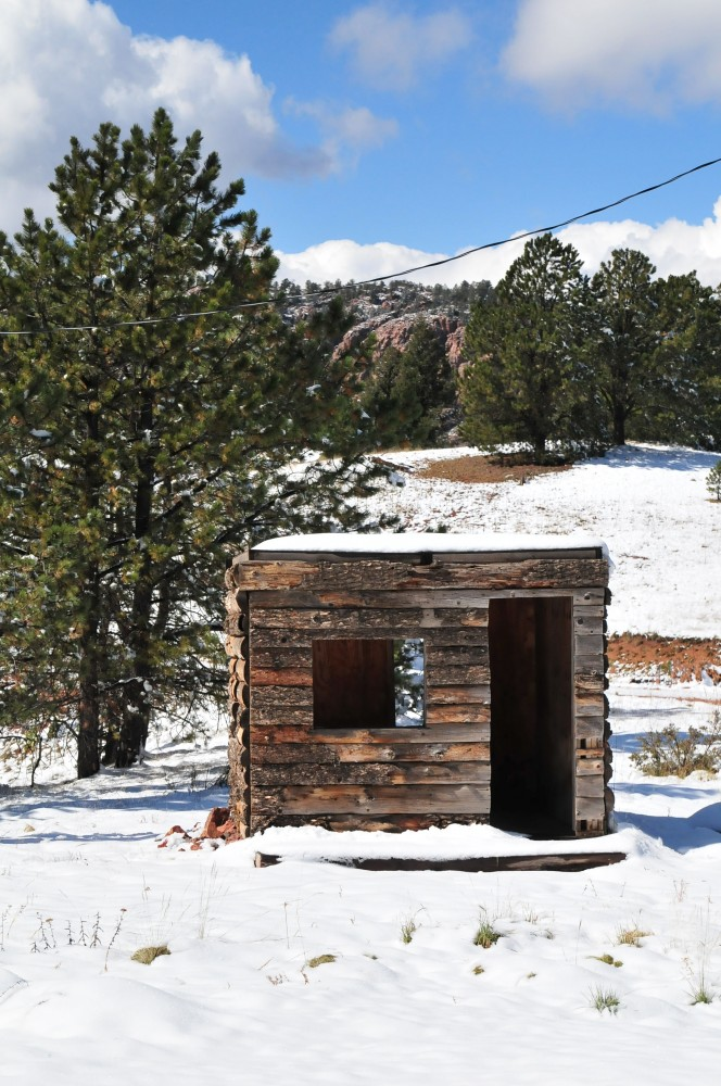 Log Cabin Getaway in the Mountains of Cripple Creek Colorado