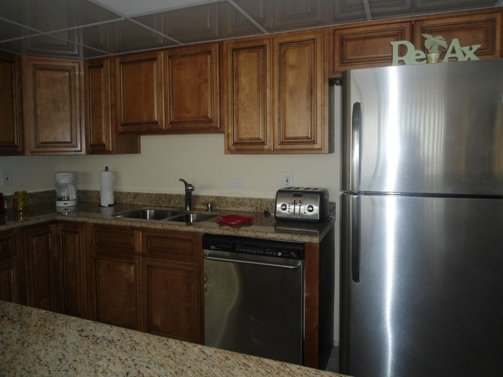 Edgewater -Tower 1 2br unit. 6/3,6/10 open