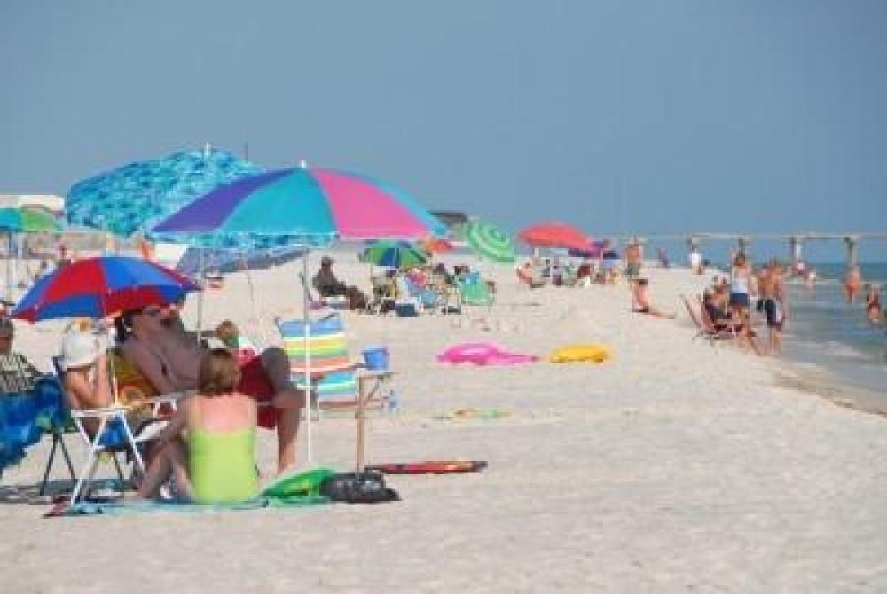 Gulf Front Condo in Gulf Shores. Airbnb Alternative Gulf Shores Alabama Rentals