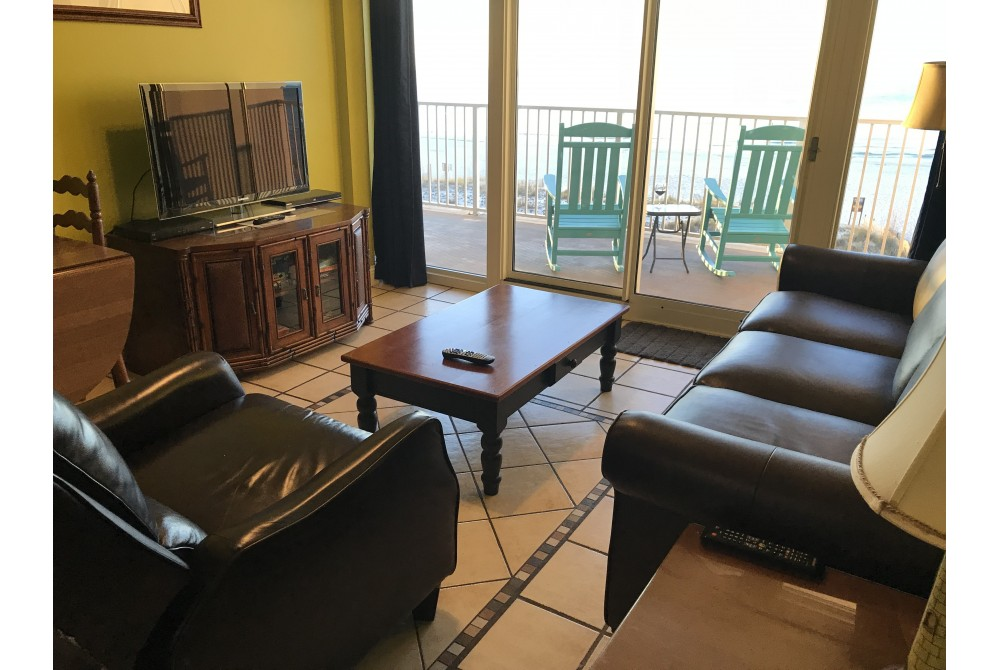 Upgraded furniture Gulf Shores vacation home
