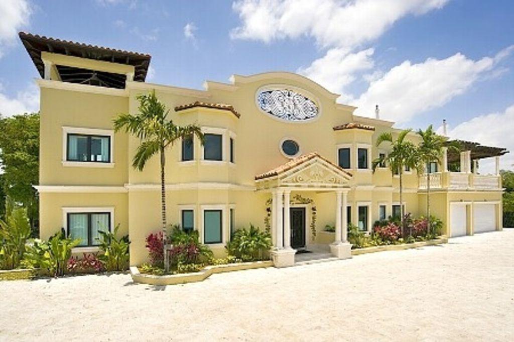 Casa Florence 5 Stars Luxury Italian Villa sleeps 18