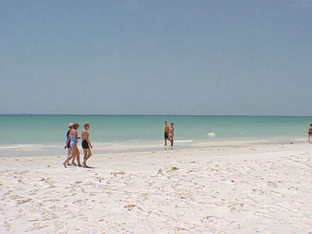 Siesta Key vacation rental with SIESTA KEY BEACH
