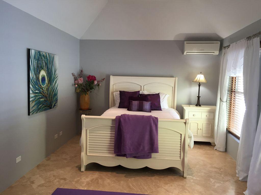 Guest room 2 Airbnb Alternative Holyoke Southampton Parish Rentals