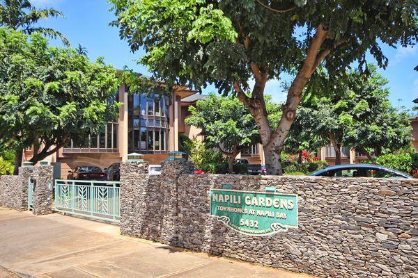 Napili Gardens Getaway Combo