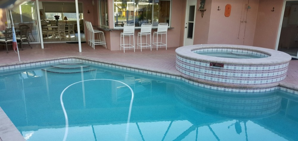 Siesta Key vacation rental with Heated Pool and Hot Tub.