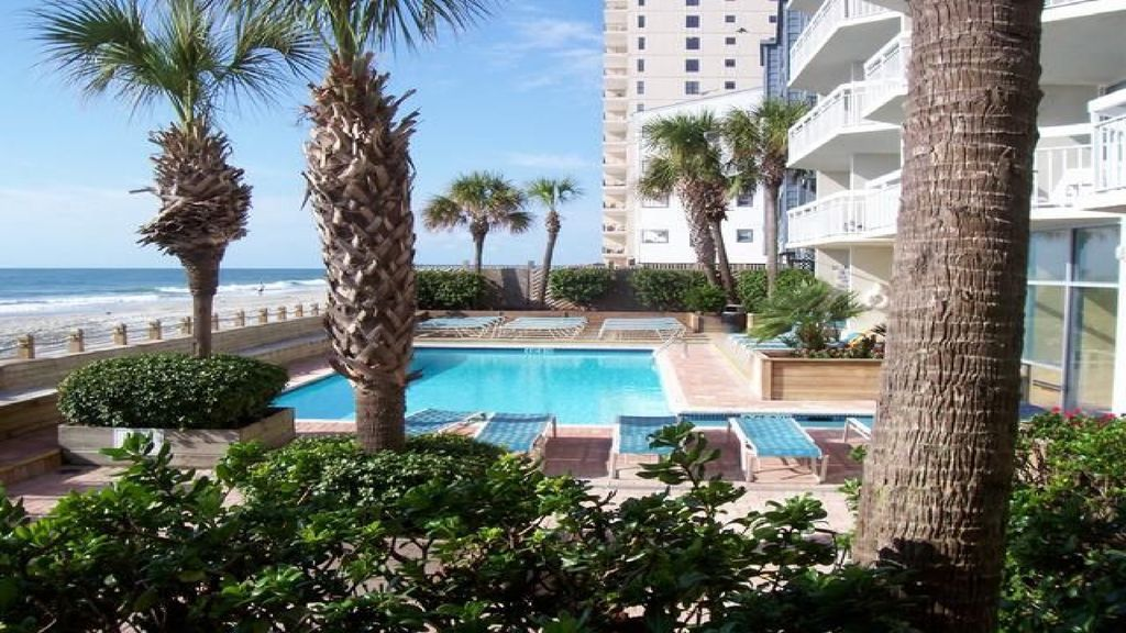 """""""Absolutely Gorgeous"""" Direct Ocean Front Condo.. Super Rates!"""