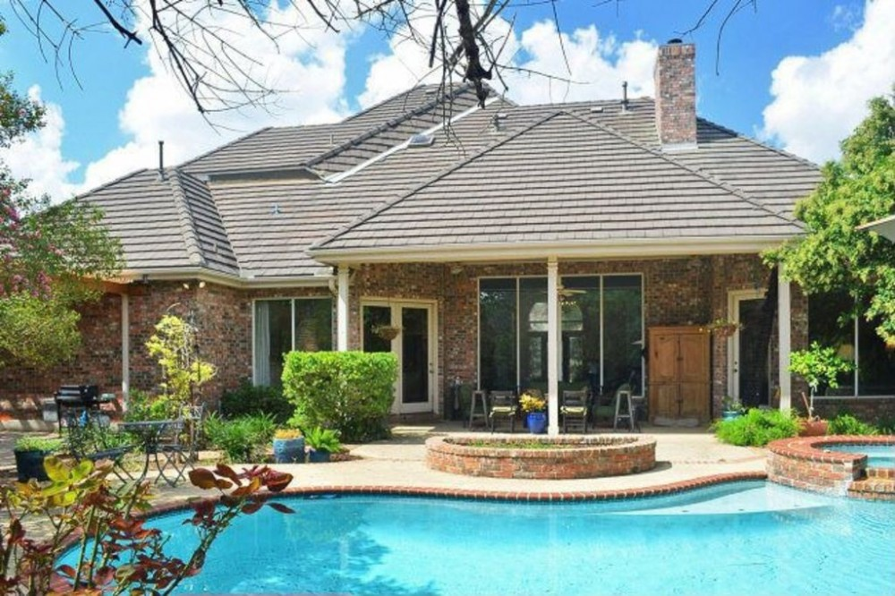 Luxury Home W/ Heated Swimming Pool U0026 Spa Ideally Located In The Heart Of  SA. USA / Texas / San Antonio