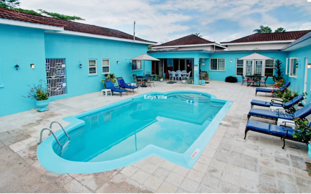 Runaway Bay vacation rental with