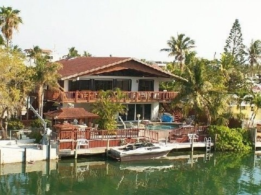 Islamorada vacation rental with House seen from canal side