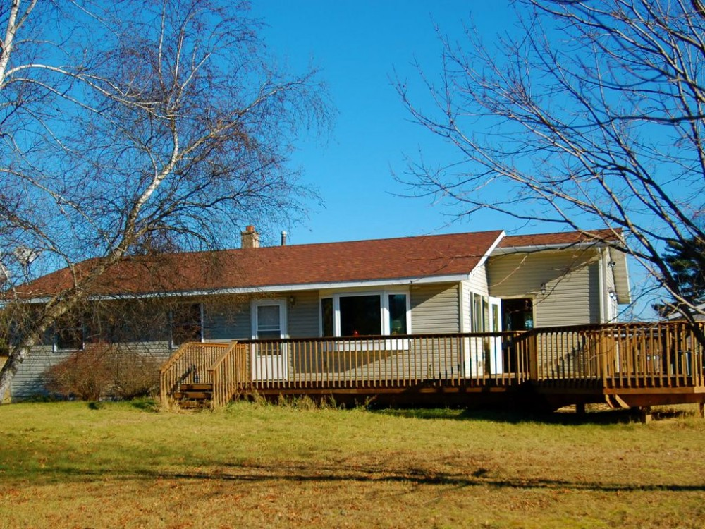 Black River Falls vacation rental with