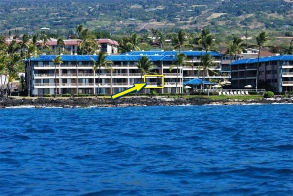 Oceanfront Kona Reef Vacation Condo w/Wi-Fi
