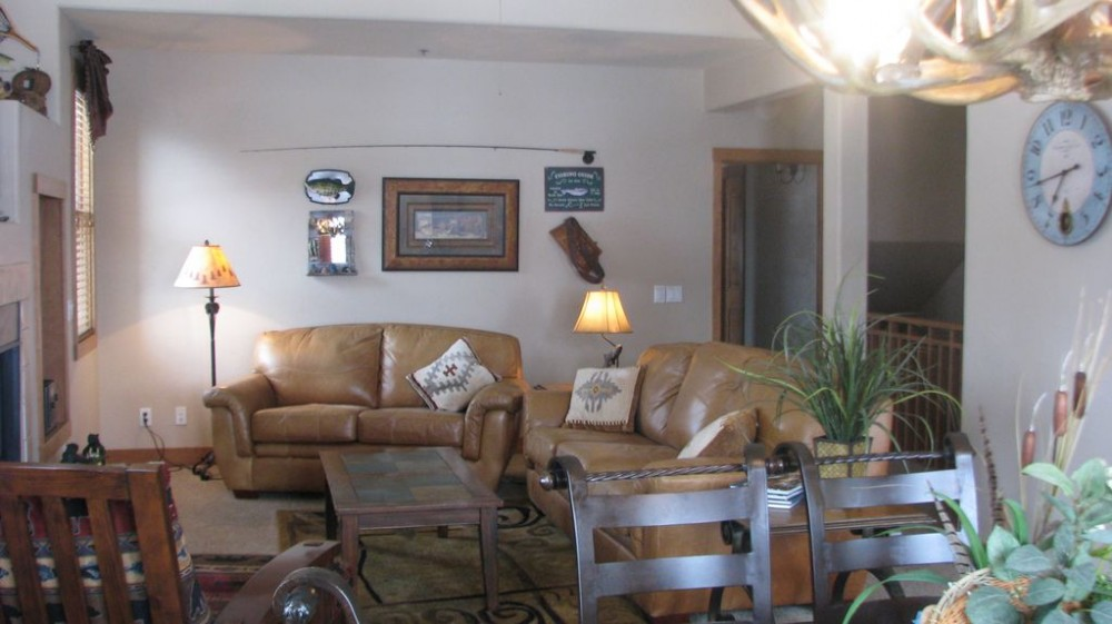 Pagosa Springs vacation rental with livingroom