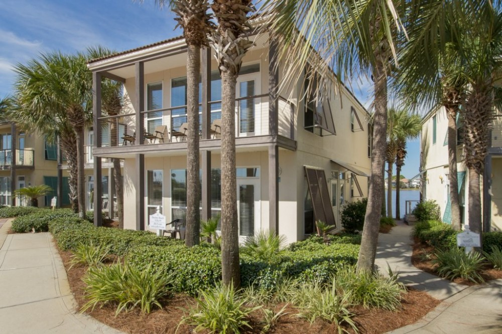Destin vacation rental with Destiny Beach Villa #9A