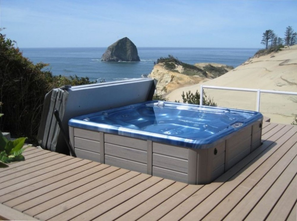 Pacific City vacation rental with Hot Tub with 180 Degree View