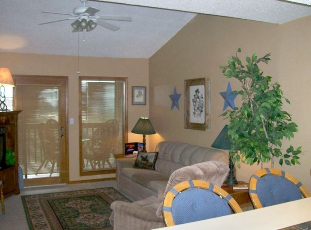 Family Friendly, View, NO fEES, Close to SDC, Clean!