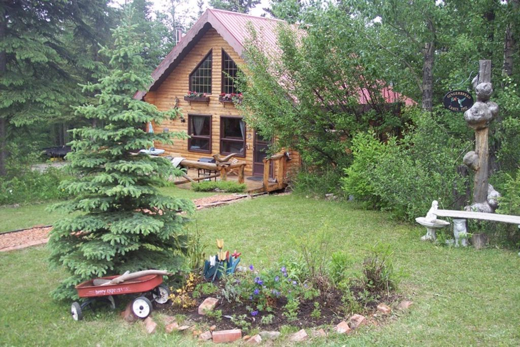 1000sq. ft Log Cabin fully equipped
