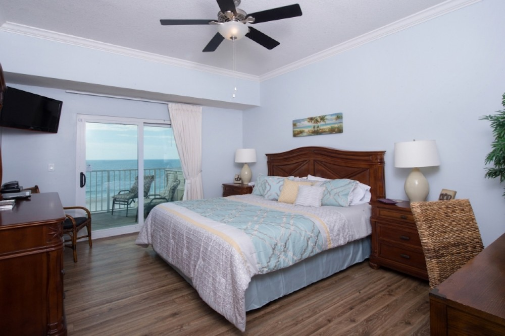 Master Bedroom Gulf Shores vacation home