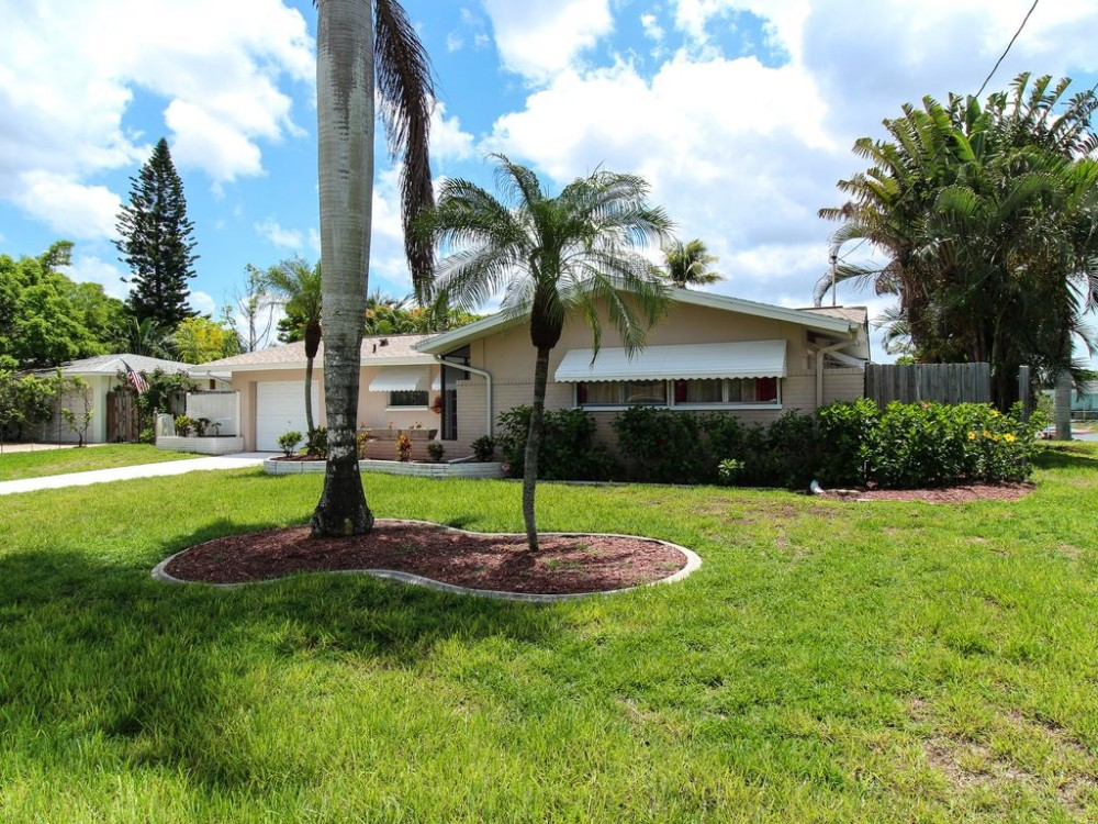 Cape Coral vacation rental with Front