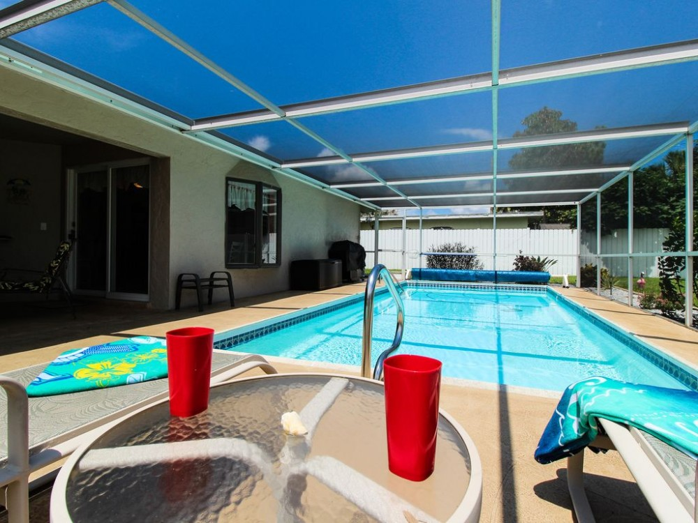 Cape Coral vacation rental with Large solar and electric heated pool