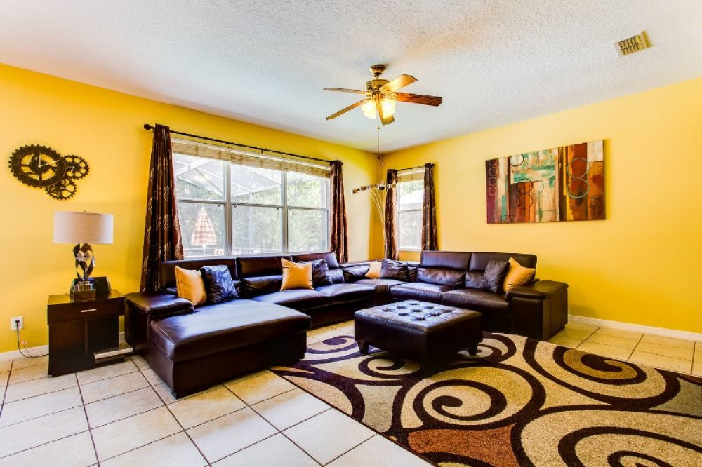 Davenport vacation rental with Family Room