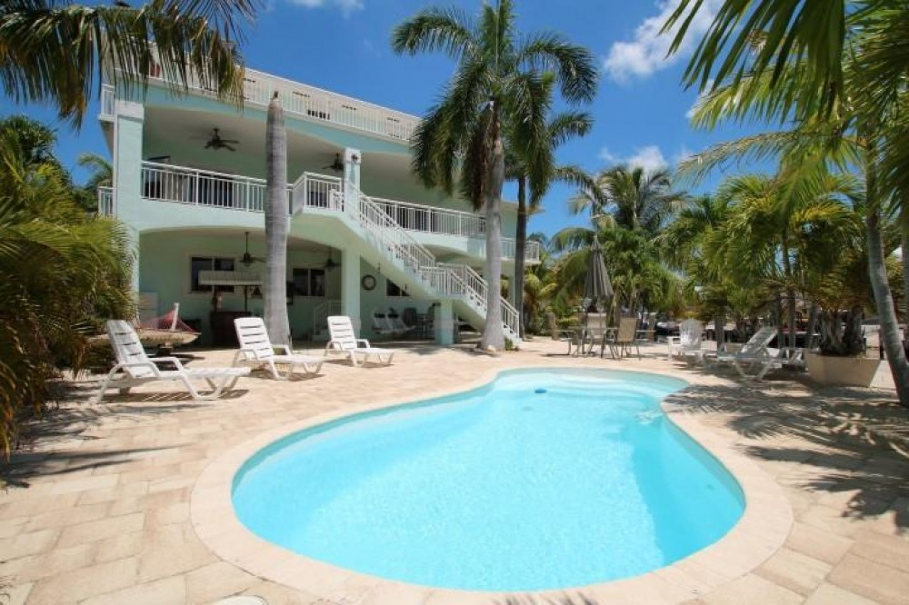 Tavernier vacation rental with Back of Home