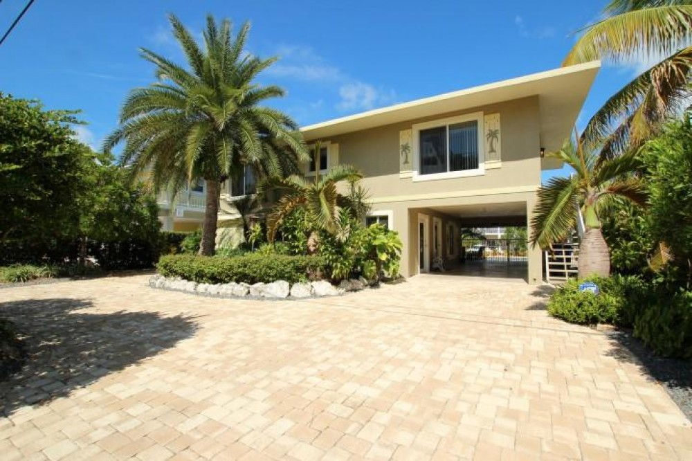 Islamorada vacation rental with Front of Home