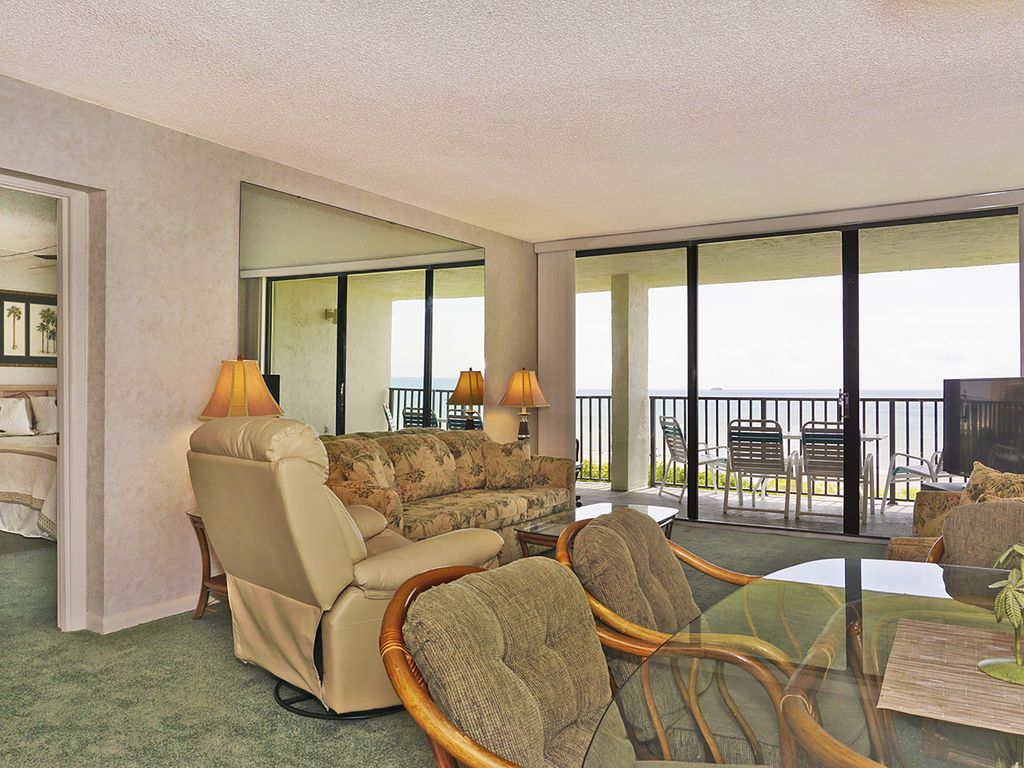 2BR 2BA Sleep 6 Beach Front Penthouse Spectacular!
